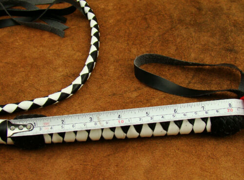 203 HEAVY DUTY BULLWHIP HUNTER WHITE AND BLACK PU LEATHER 4 FOOT LONG BRAND NEW