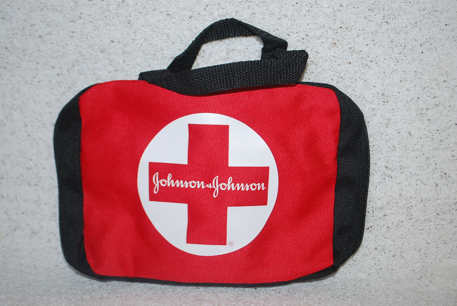 10johnson & Johnson Build Your Own First Aid Kit Empty