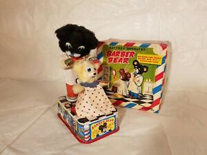 Tin-Toy-1950-039-s-battery-op-BARBER-BEAR-near-mint-in-original-box-made-in-Japan