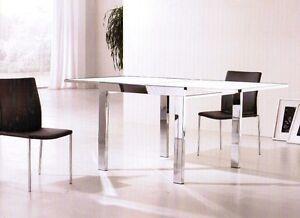 Tavolo quadrato moderno metallo cromato e vetro soggiorno for Tavolo quadrato allungabile vetro