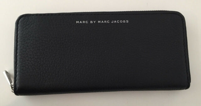 NWT MARC BY MARC JACOBS Black Leather Long Fold Zip Around Wallet