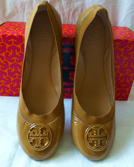 7c6f839bc562 TORY BURCH Caroline Ballet Flat Shoe Color Dark Sand Women Size 9.5 NEW IN  BOX