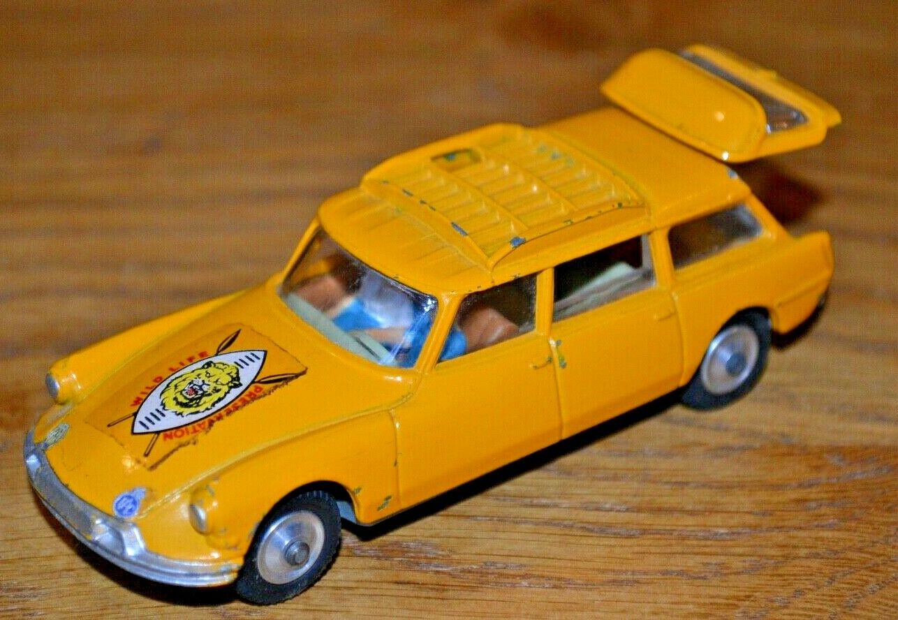 Vintage Corgi Toys Citroen Safari