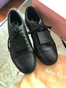 Adriana Grained Leather Sneakers Black