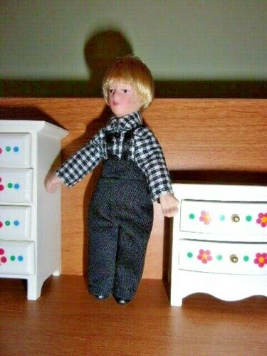 POSEABLE PORCELAIN  COUNTRY BOY BLOND