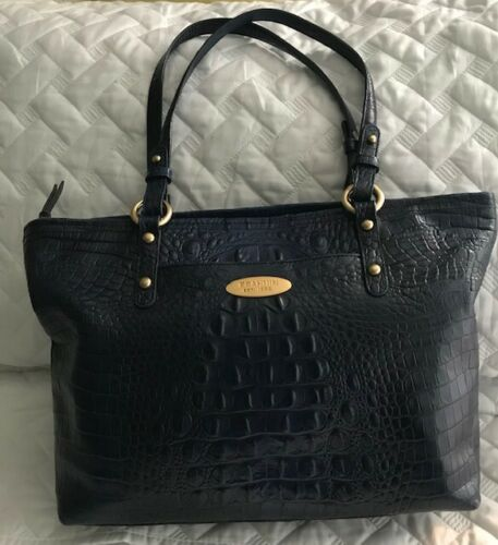 BRAHMIN Medium Alden Bag in Navy