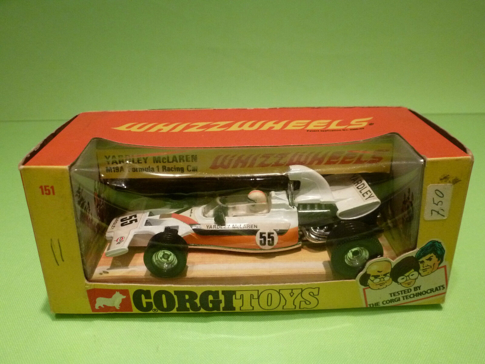 CORGI TOYS 151 151 151 YARDLEY MCLAREN M19A  RACING CAR- RARE  SELTEN - VERY GOOD IN BOX 2f3f4f