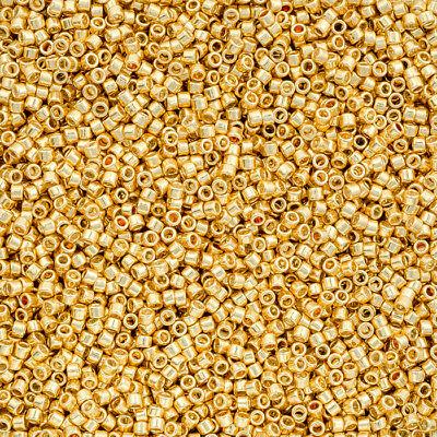 R96//3 Toho Round 11//0 Japanese Seed Beads Ceylon Glacier 8.2g