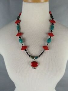 Vintage-Tourquoise-Turquoise-Black-beaded-Necklace-w-Cinnabar-Red-Fans