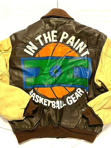 VINTAGE , IN THE PAINT BASKETBALL GEAR LOGO LEATHE