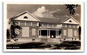 Postcard-Morse-Museum-Warren-NH-1920-1945-era-RPPC-I12-B