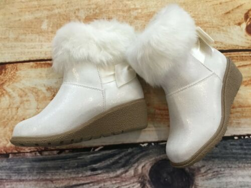 Gymboree 11 13 Winter White Wedge Boots Furry Bow Holiday Outlet NWT North Pole