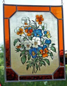 Bleiverglasung-Fensterbild-Bernhardt-Glasmalerei-034-Straus-mit-Stiefmuetterchen-034