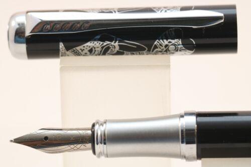 Fuliwen No Lacquered Black with Chrome Trim 1 2004 Medium Fountain Pen