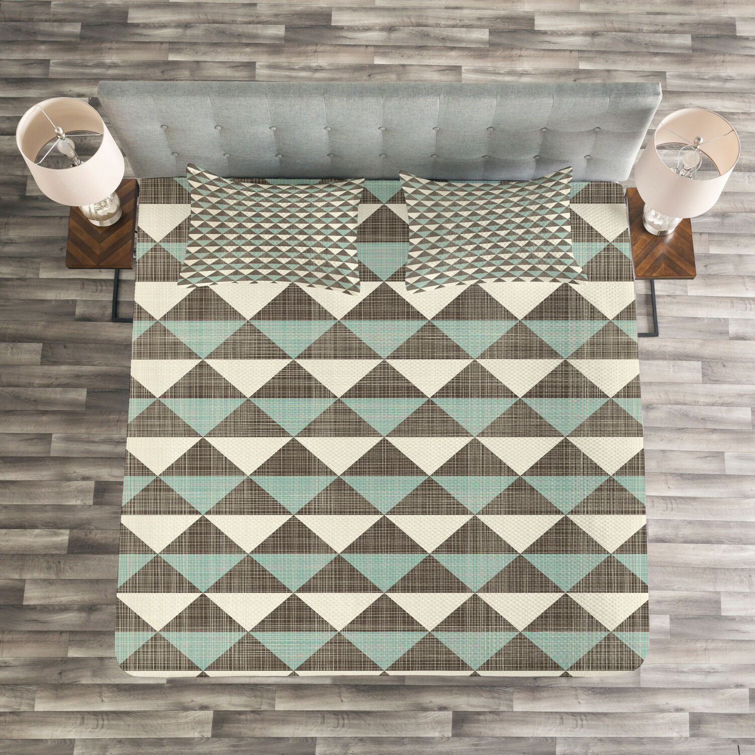Geometric Quilted Bedspread & Pillow Shams Set, Cubism Triangles Print