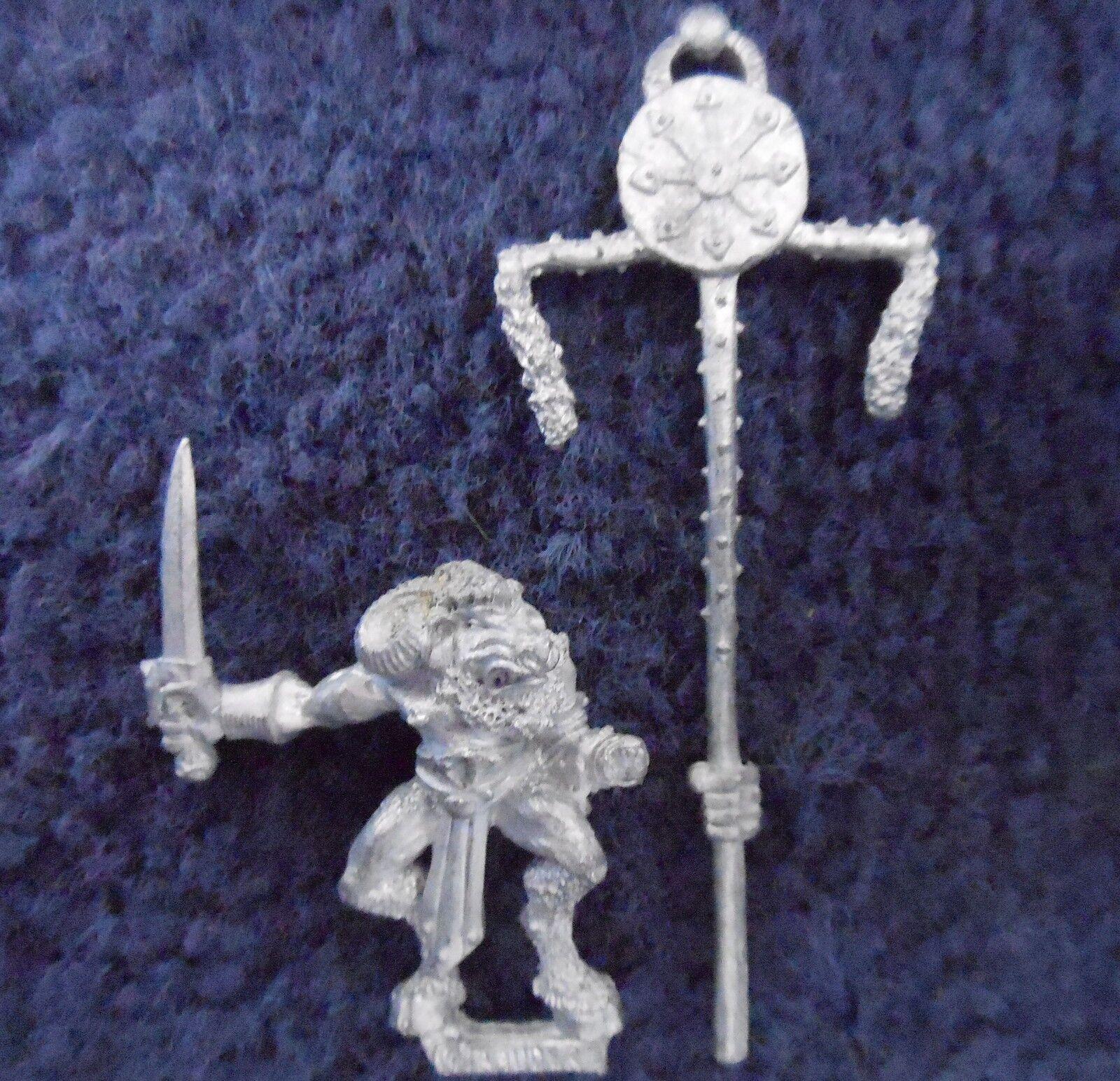 1990 Marauder MM97 Chaos Beastman Command Standard Bearer Warhammer Beastmen GW