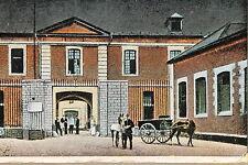 16342 AK,CPA,Kaserne,Pferde,Tor,Soldaten,Cambrai,Caserne de Cavalerie, um 1915