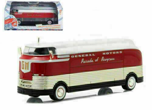 2020 GreenLight 1940 General Motors Parade of Progress Futurliner 1//64 Scale