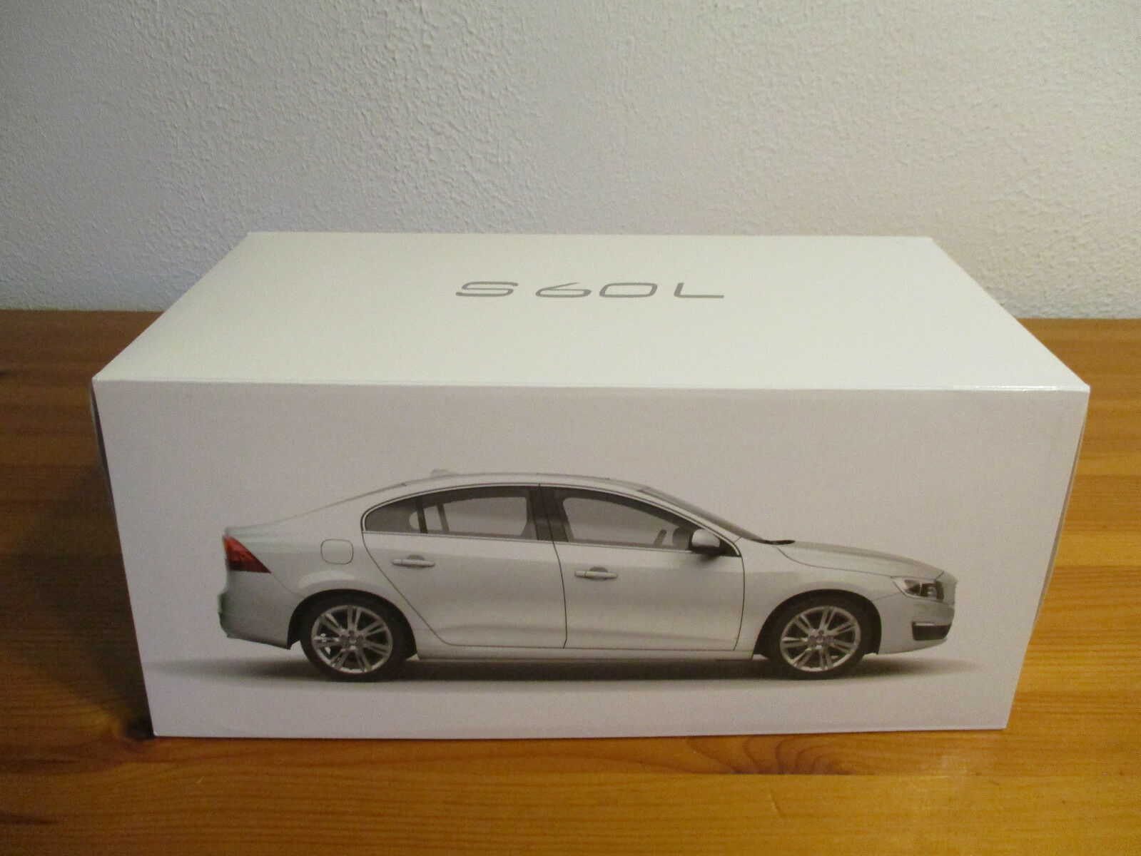 (gor) 1 18 CSM Volvo s60 L NEW OVP