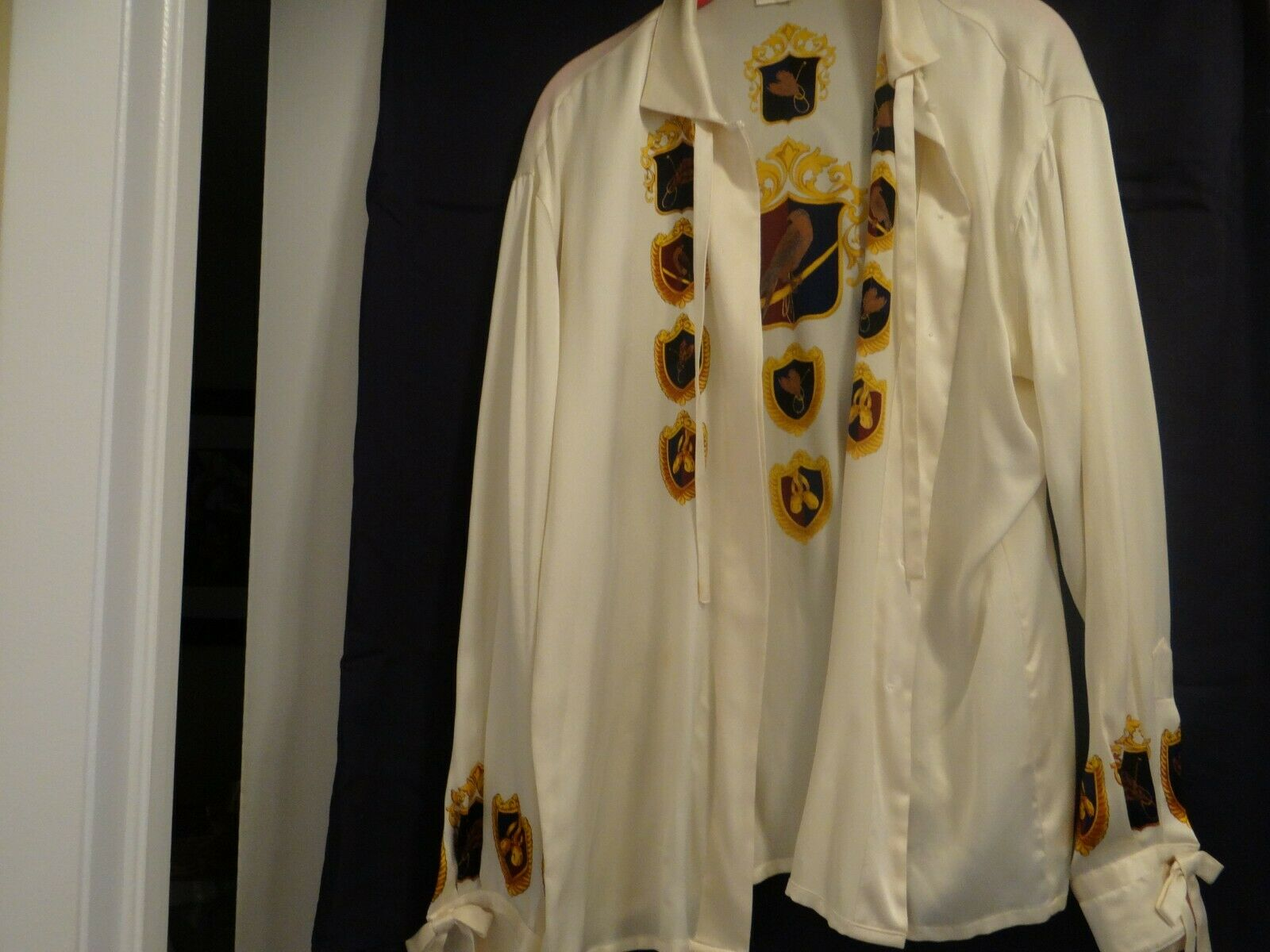 Escada silk blouse with Größe 40 (Germany )