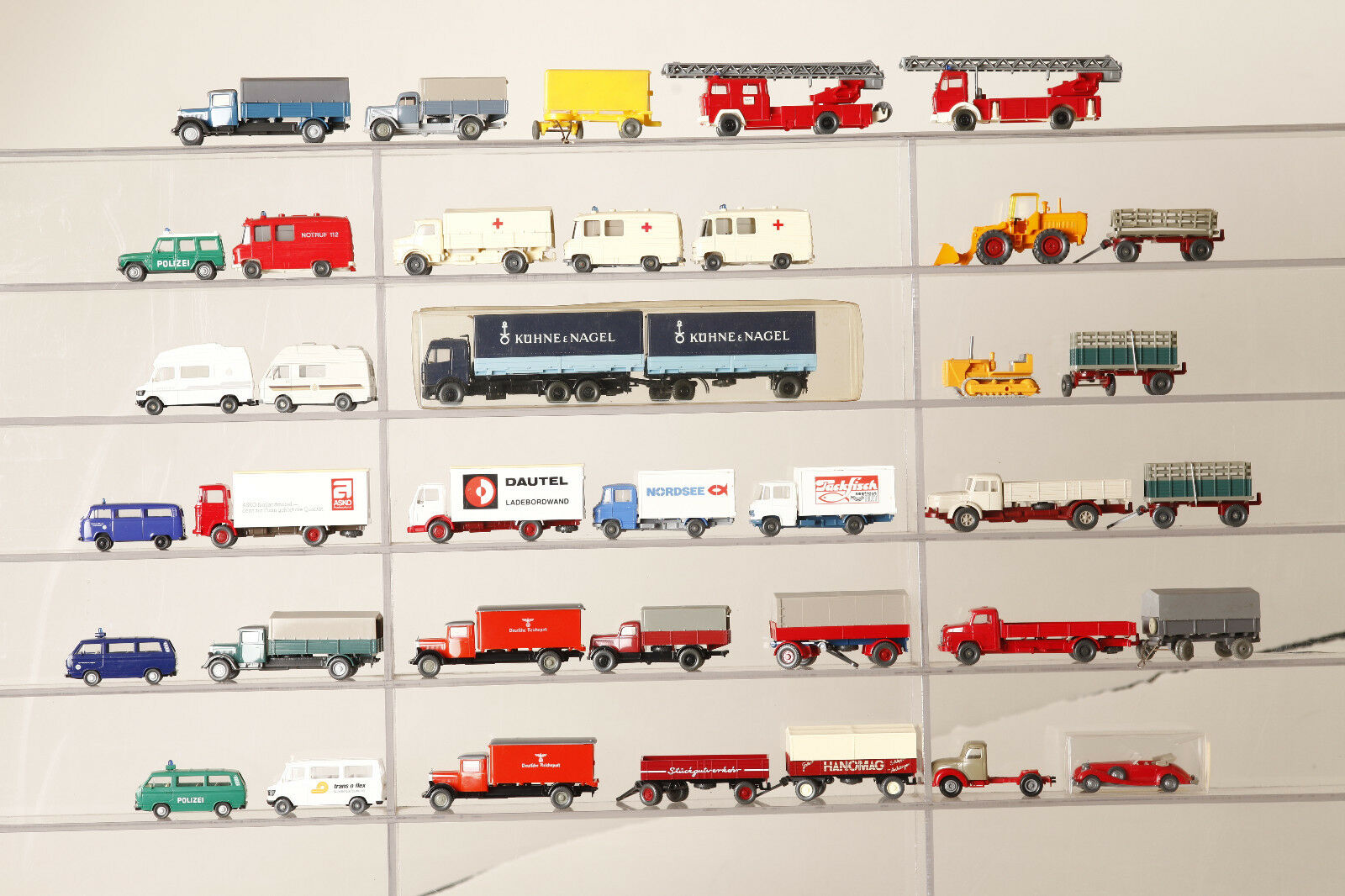 WIKING, Brekina 1 87 Camions 42 x camions Transporteur remorque überwieg. WIKING (68298)