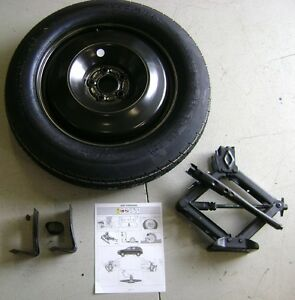 2014 2015 2016 jeep cherokee spare tire kit oem ebay. Black Bedroom Furniture Sets. Home Design Ideas