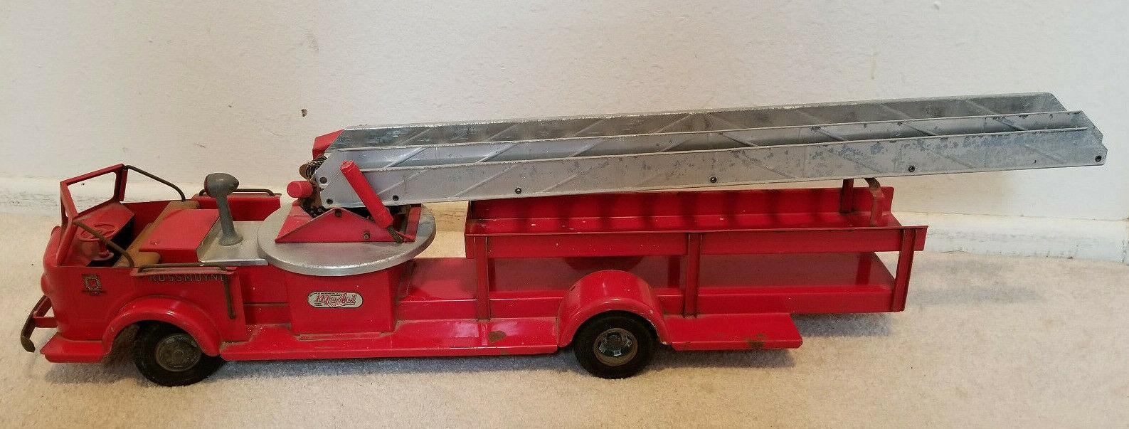Vintage Rossmoyne Ladder Fire Truck  Doepke Mfg Co  Truck is 28  long - 1950's