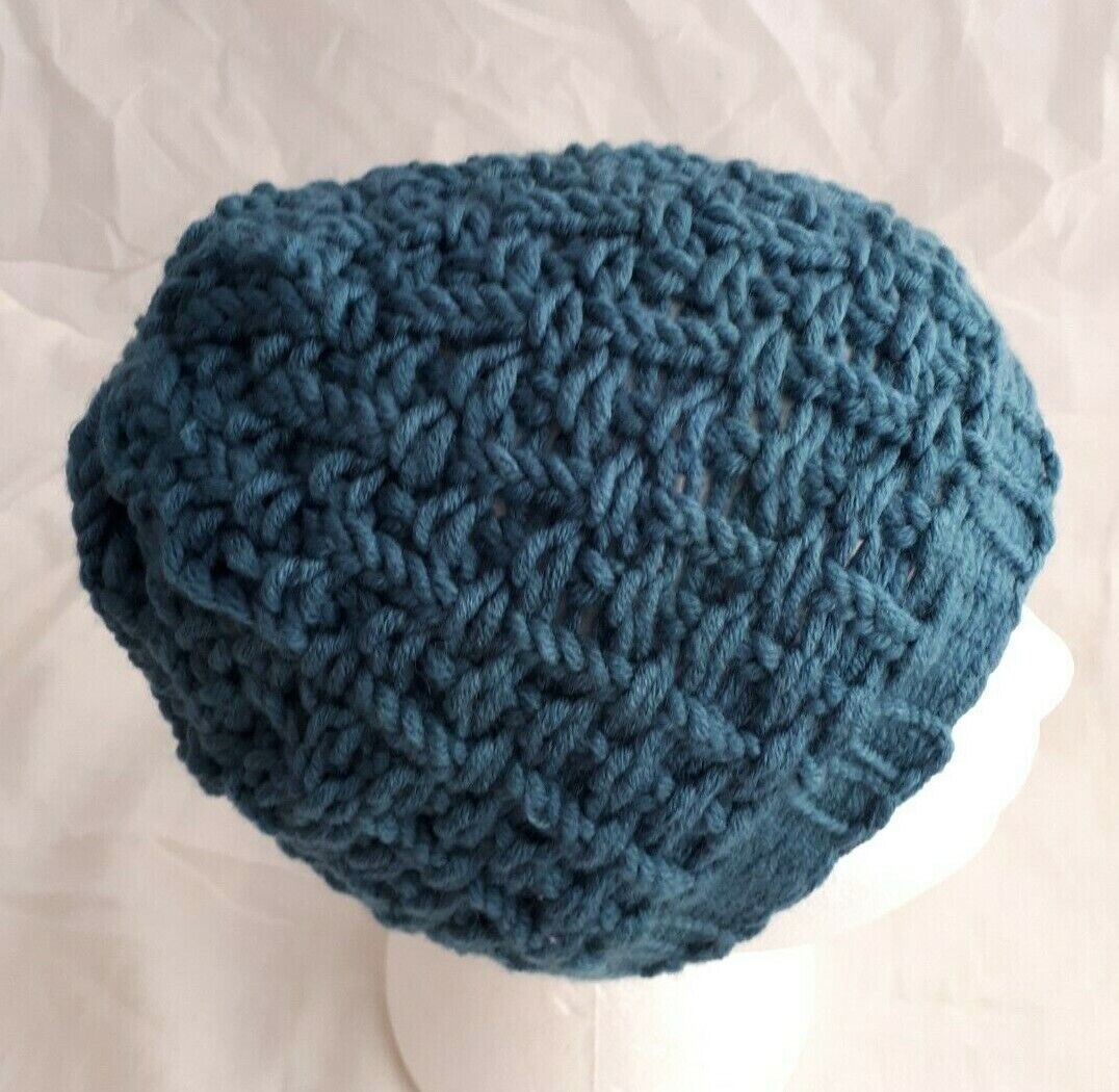 Teal Seesucker Beanie & Chunky Pocket Scarf Set-Teen to Adult - hand made - New