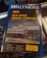 Walthers Cornerstone Series Kit HO Scale New River Mining Company and Accessories Toys