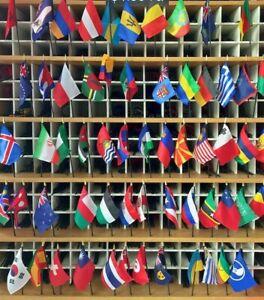 "AFGHANISTAN 4X6/"" TABLE TOP FLAG W// BASE NEW DESK TOP HANDHELD STICK FLAG"