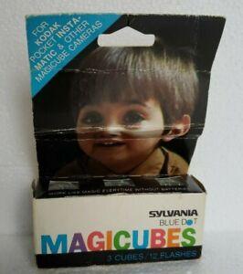 Sylvania Magic Cubes Blue Dot MAGICUBES pack of 3 (12) Flash capacity Vintage