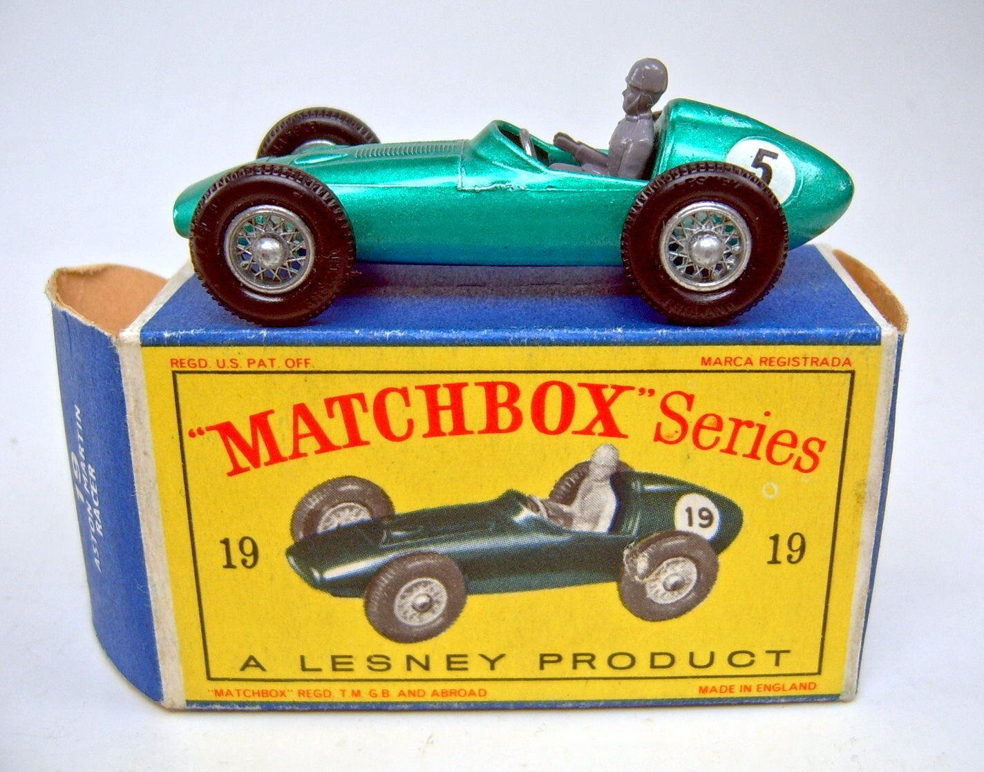 Matchbox No.19C Aston Martin Racing Car met.green rare RN  5  in  D  Box
