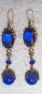 VINTAGE DEEP SAPPHIRE BLUE GLASS STONES DROP EARRINGS WOW! NICE