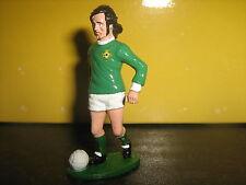 Figura de fundido de metal pintada a mano fútbol George Best 2