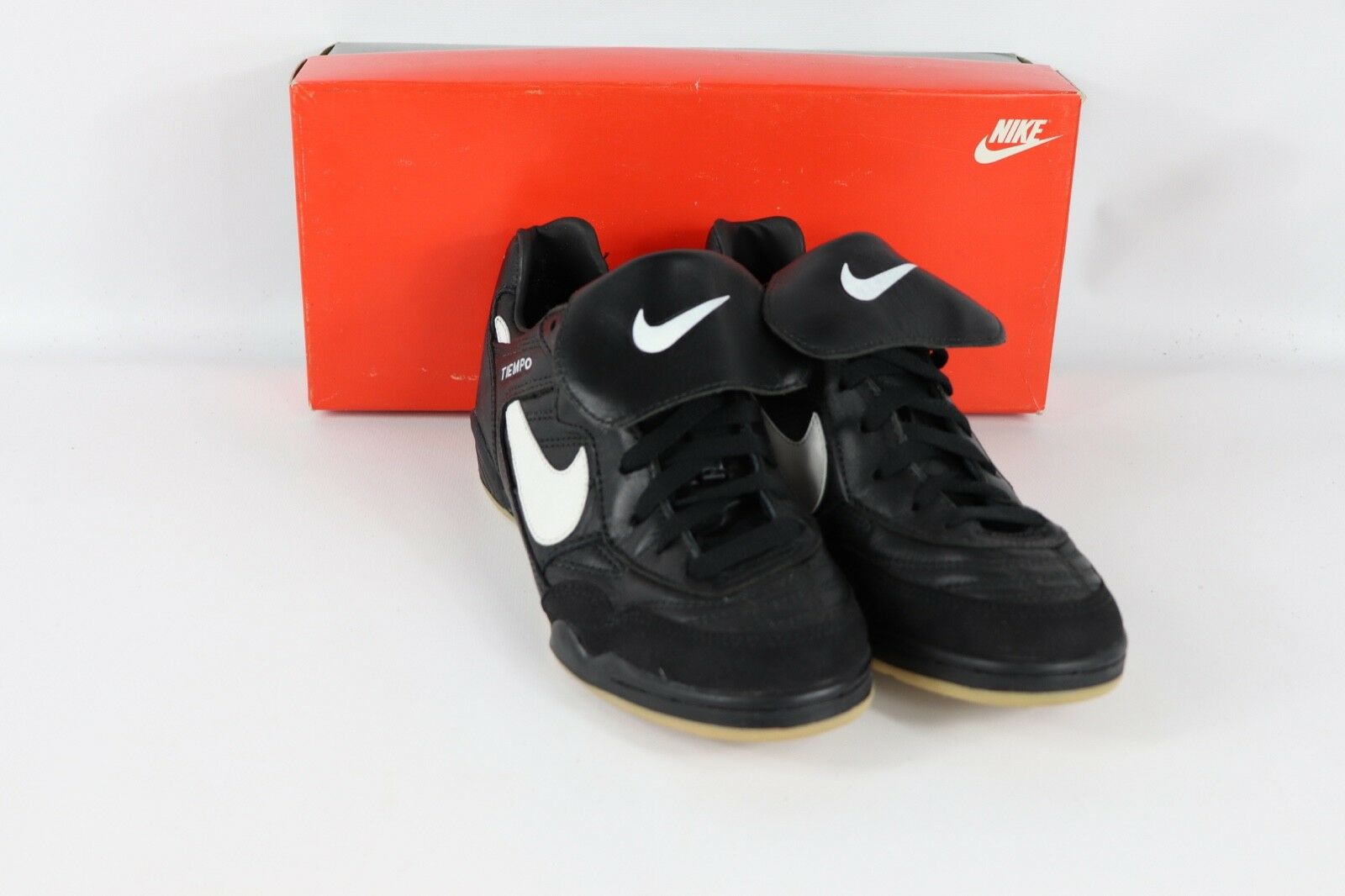 Vintage 90s New Nike Mens 7.5 Tiempo Classic Trainer Indoor Soccer shoes Black