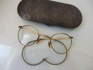sehr-alte-Brillen-mit-Metalletui-von-Optal