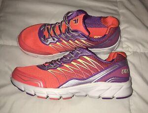 Dettagli su Fila che Si Allarga/a Freccia Arancione Viola Runners Scarpe  Misura 7