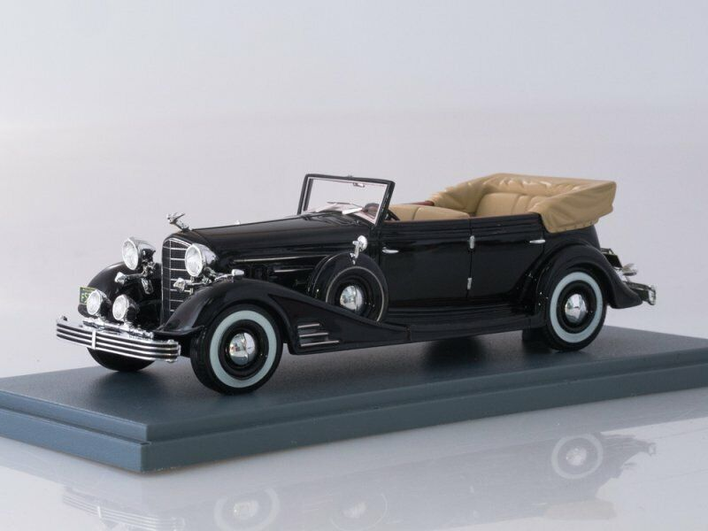 Collection scale model 1 43, Cadillac Fleetwood Allweather Phaeton Congreenible