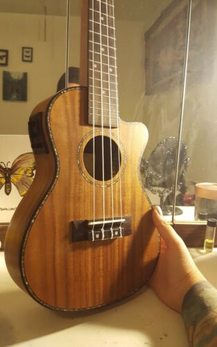 "Ammoon 24 /""Cutaway Ukulele Gitarre LED EQ Koa Sperrholz Cowry Shell Brims M5N4"