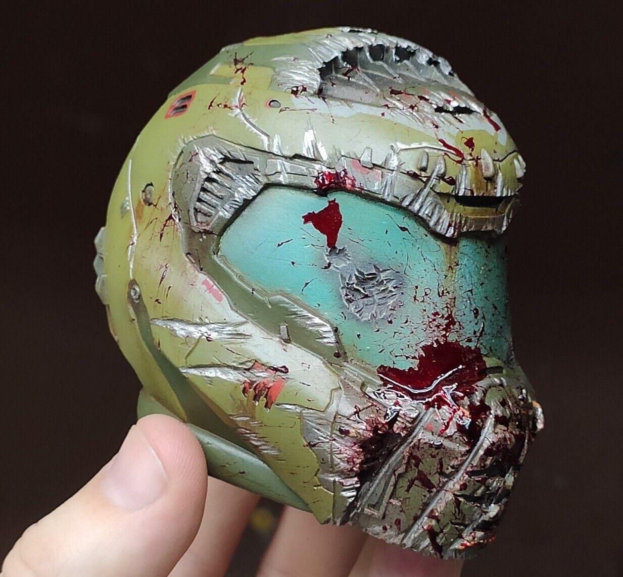 Doom Eternal  Doomguy slayer helmet bloody version gioco giocor gift ps4 props