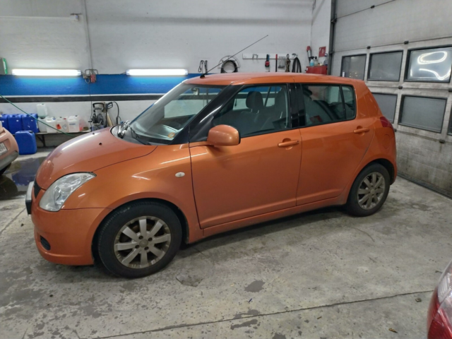 Suzuki Swift, 1,5 GL-A, Benzin, 2005, km 270000, orange,…
