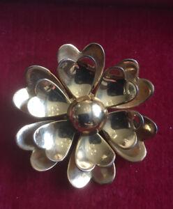 Flower Gold Tone Metal Vintage Brooch