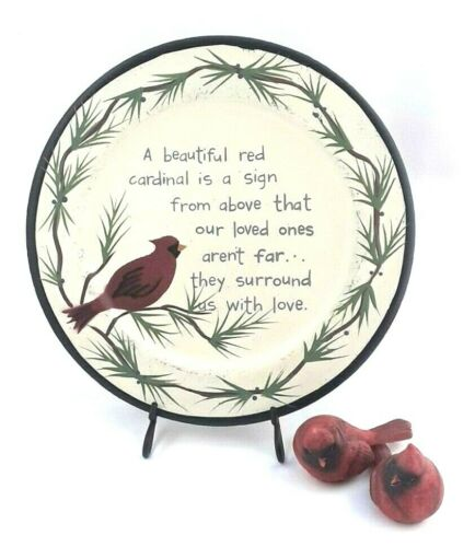 Red Cardinal Decorative Christmas Plate w// 2 Cardinal Figurines /& Plate Holder
