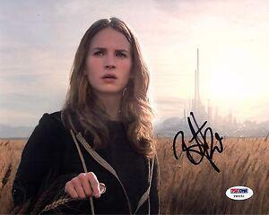 Britt Robertson Tomorrowland