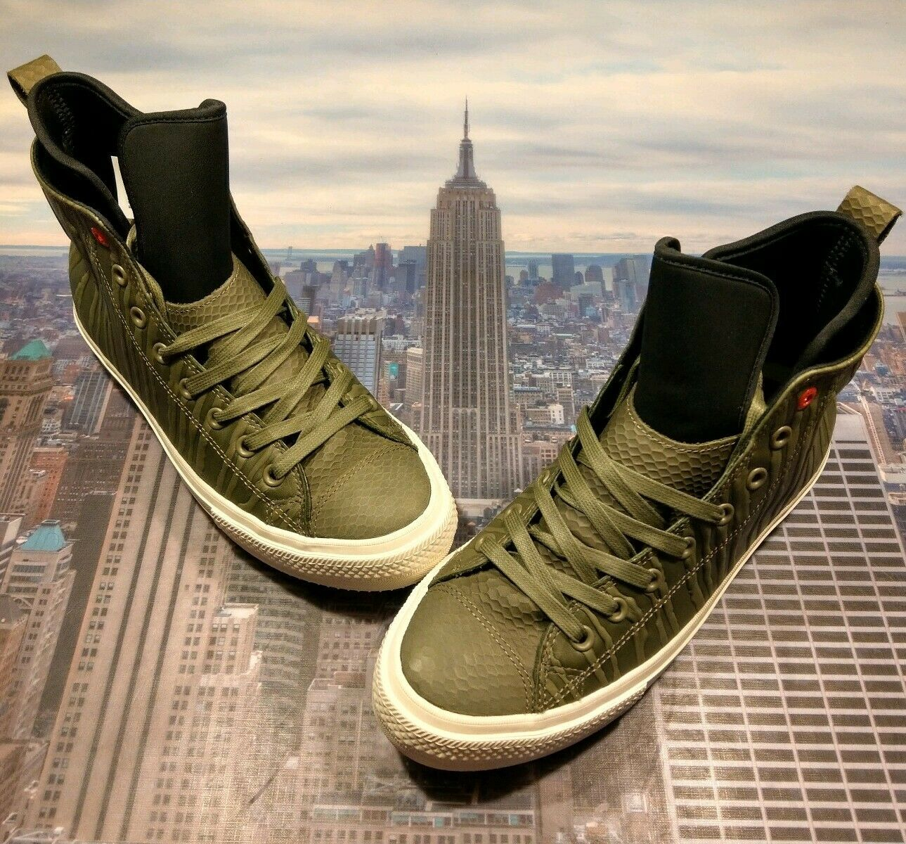 Converse Chuck Taylor All Star WP démarrage High Top Medium Olive Taille 9.5 158838 C