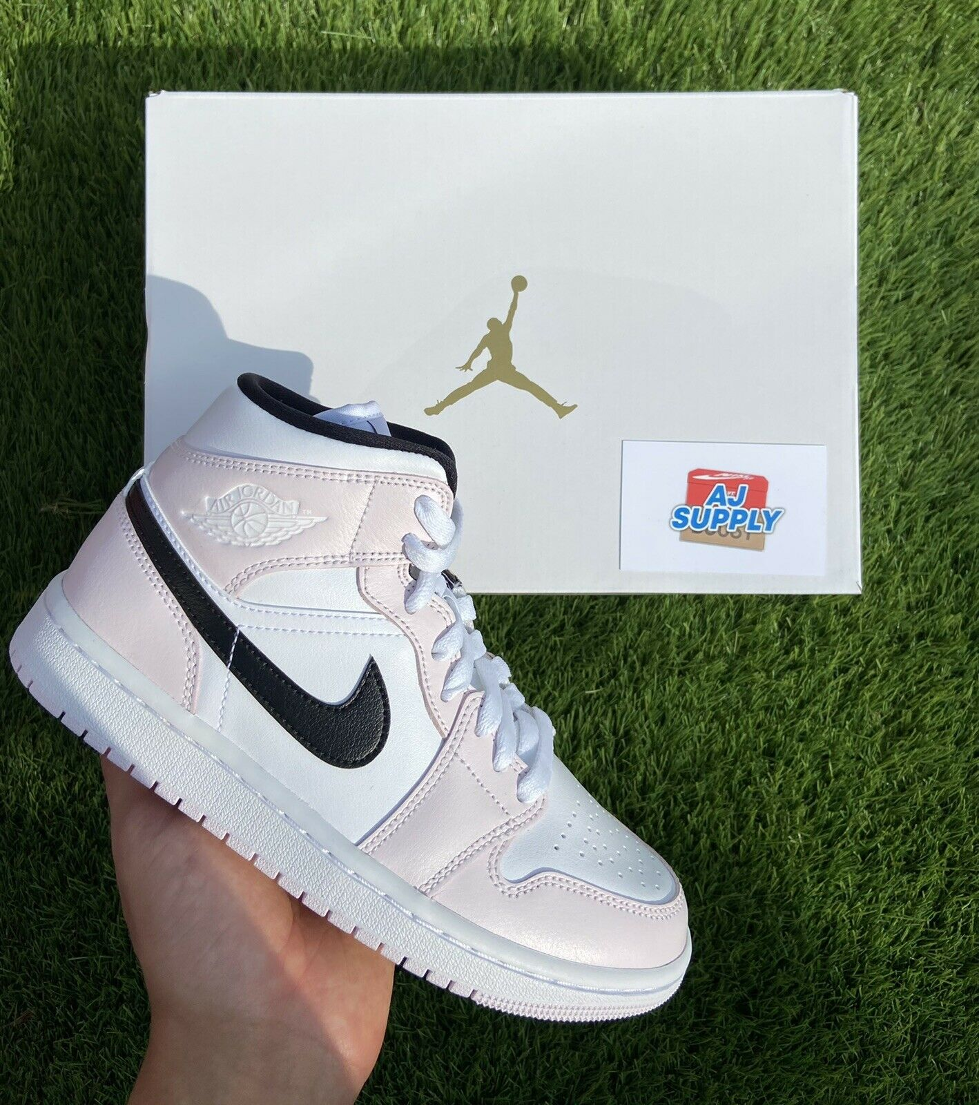 Nike Jordan 1 Mid Barley Rose Pink - UK4✅