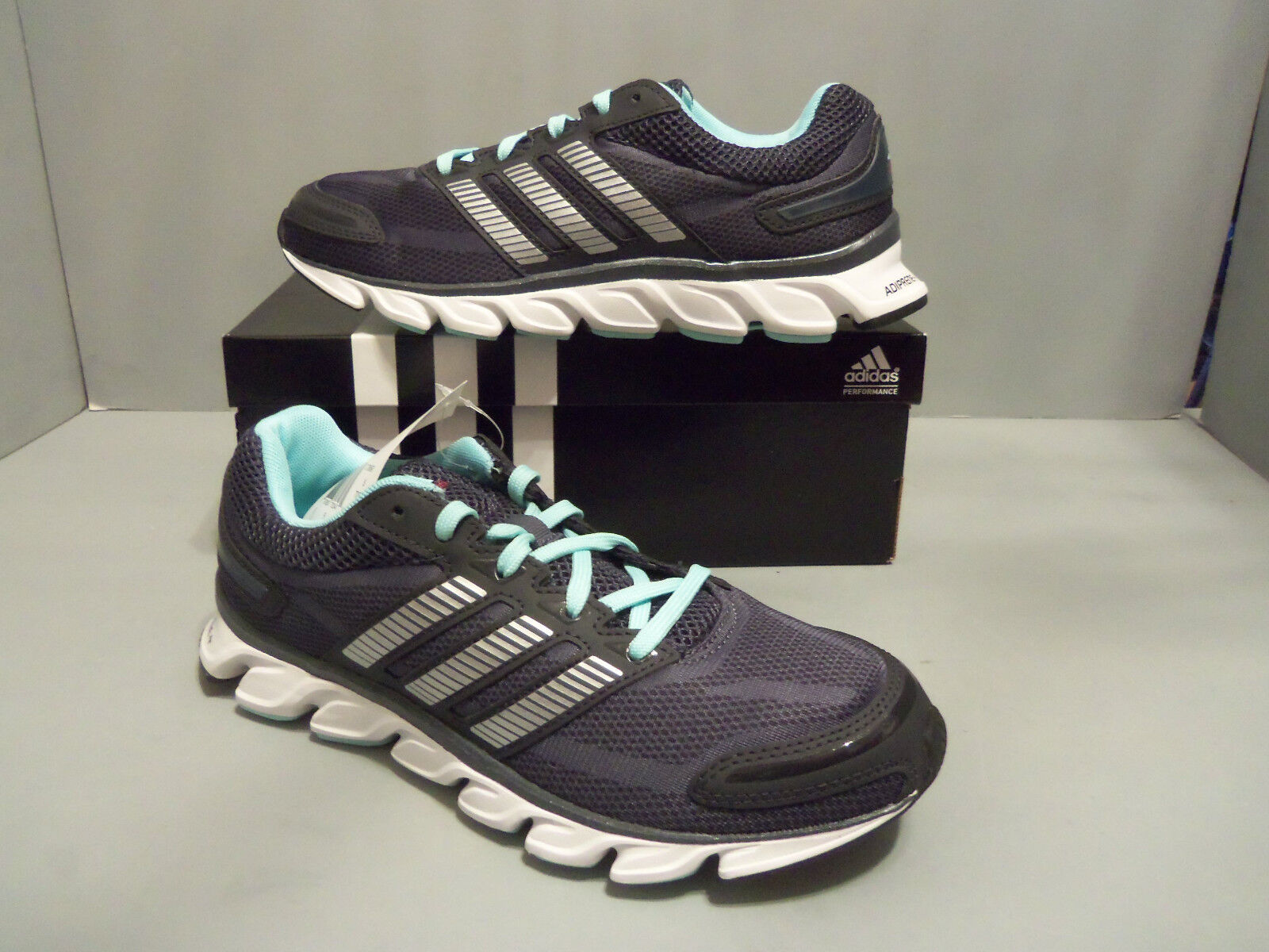 Womens Adidas Powerblaze W Black Running shoes.NIB. Size 6.5  C75690