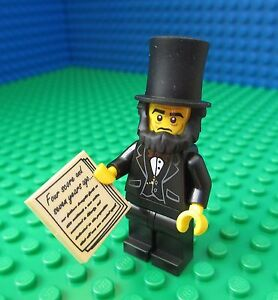 Lego-MOVIE-Abraham-Lincoln-City-Town-President-Proclamation-Minifigure-71004