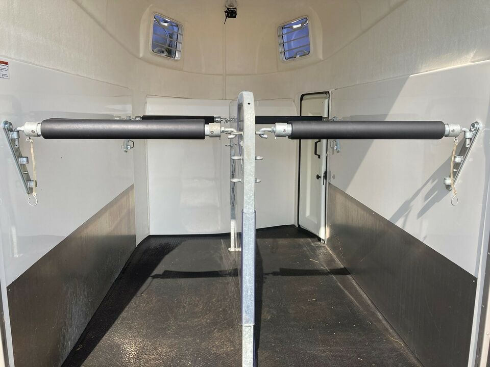 Hestetrailer, Humbaur Pegasus pegasus, lastevne (kg):