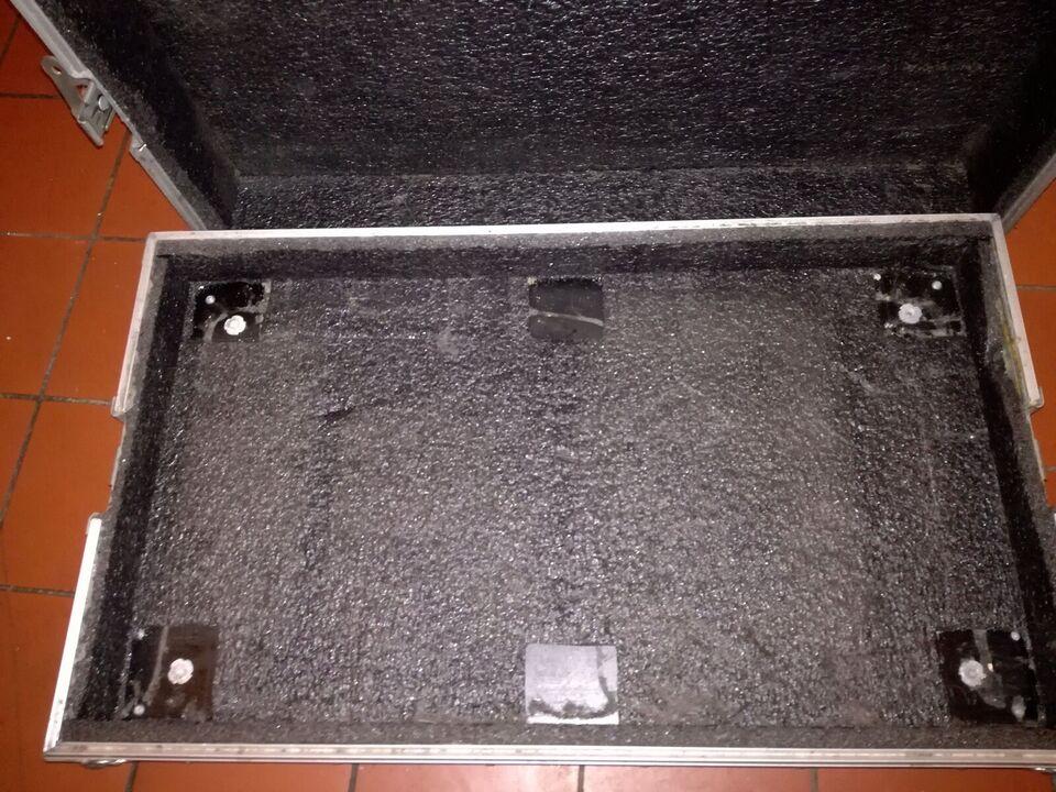 Pedalboard, KW cases Mx 100